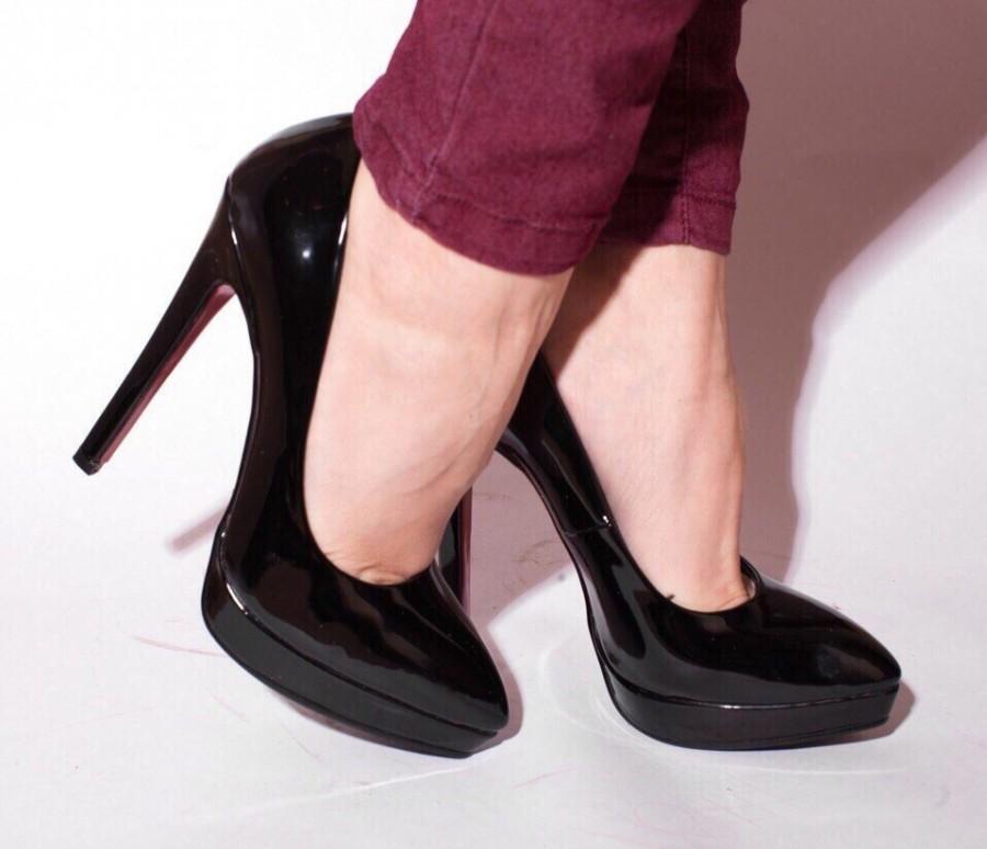 9ab79445b черные лаковые женские туфли на тоненьком каблучке с очень удобной колодкой  весна 2016