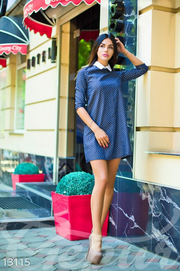 325801db951 женское синее платье свободного кроя в горошек с белым воротничком