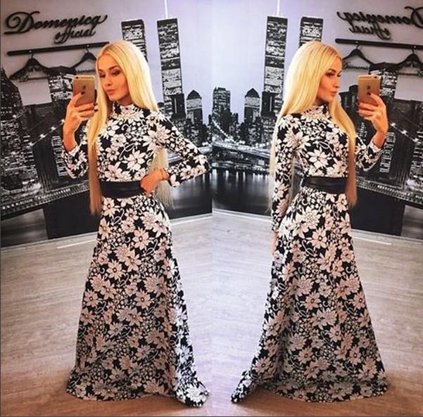 Черное с белыми цветами платье в пол