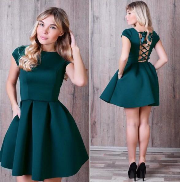 Темно зеленое платье гипюр