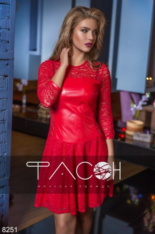 39ac95a1815 комбинированное платье из экокожи с гипюровой юбкой красного цвета по  доступной цене